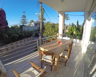 house holiday rent kalamaki chania