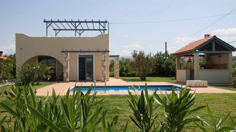 tavronitis chania beach villa rent